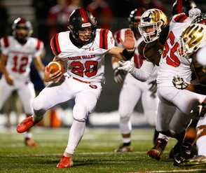 Saucon Valley's Ian Csicsek led the area in rushing yardage this fall. (Saed Hindash | For lehighvalleylive.com)