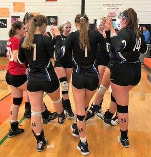 Westhill girls volleyball team pays tribute to Montanna Gedney's dad Chris, who passed away. (Submitted photo)