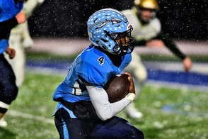 Indian River senior Kwazsi Gaddis already has rushed for more than 2,000 yards this season. (Michael Greenlar | mgreenlar@syracuse.com)