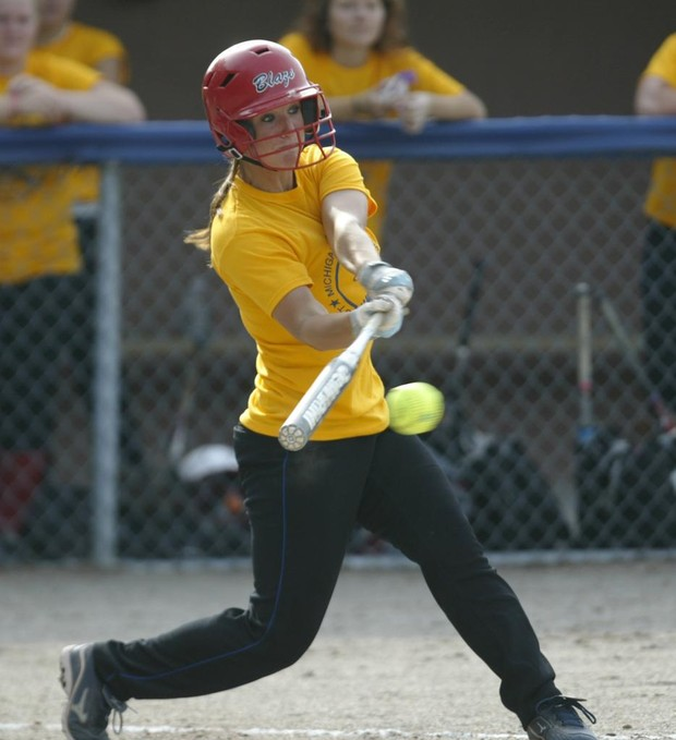 Holton softball team adds coaching depth with former Mona