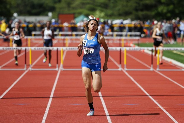 With 4th national record, teen Olympian Sydney McLaughlin dazzles in spring debut