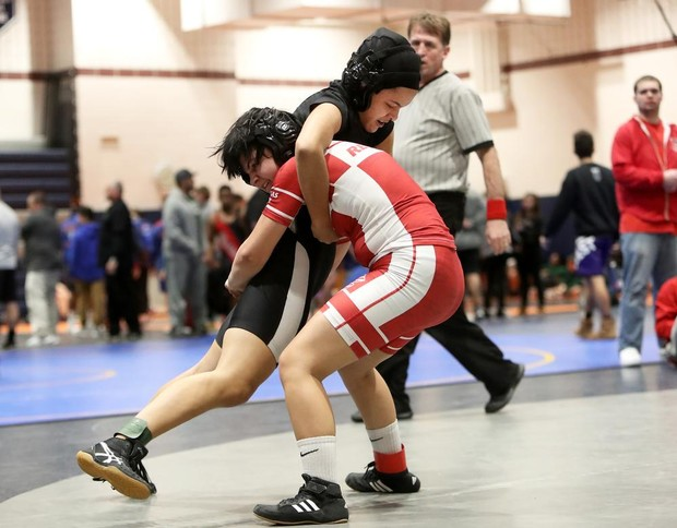 Timber Creek s pinning machine Tiyanna Hooker shines at SJWHOF girls tourney 2865e8ca3
