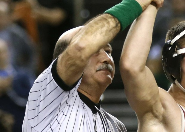 d988cca1f9c Ref with racist history forces HS wrestler to cut off dreadlocks before  match