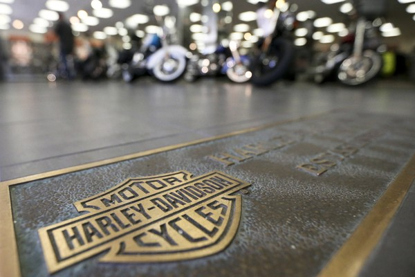 Harley-Davidson will move some production out of US after retaliatory tariffs
