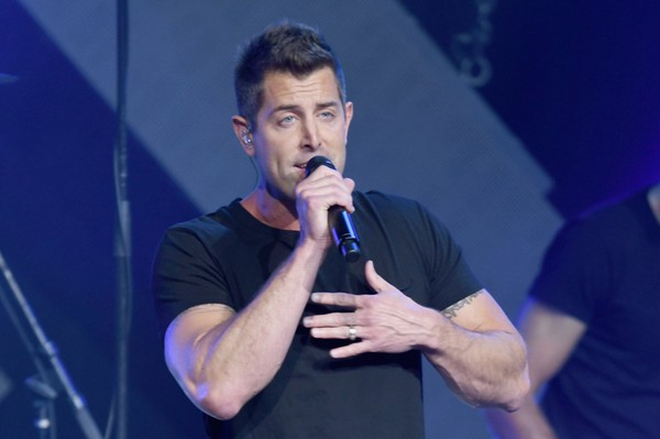 Jeremy Camp performs onstage at the 5th Annual KLOVE Fan Awards at The Grand Ole Opry on May 28, 2017 in Nashville, Tennessee.