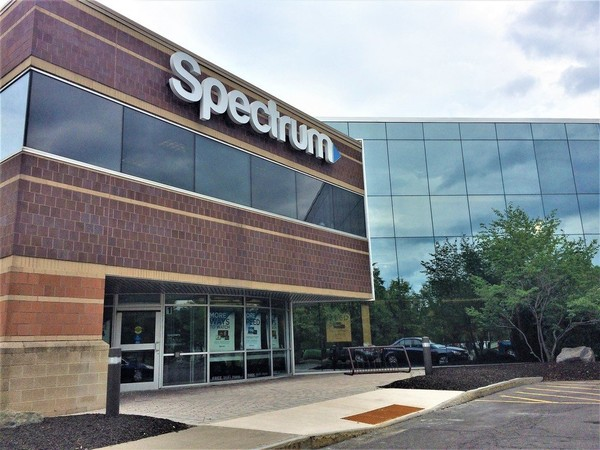 Charter Communications' Spectrum office on Fair Lakes Road in DeWitt.  (Rick Moriarty | rmoriarty@syracuse.com)