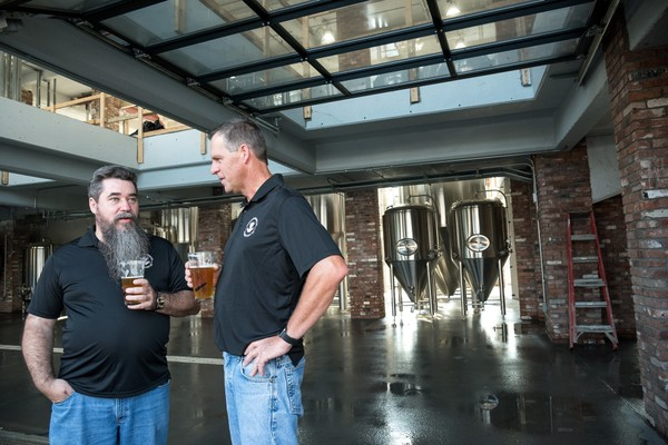 Frog alley big new craft brewery to open in downtown for Michaels crafts syracuse ny