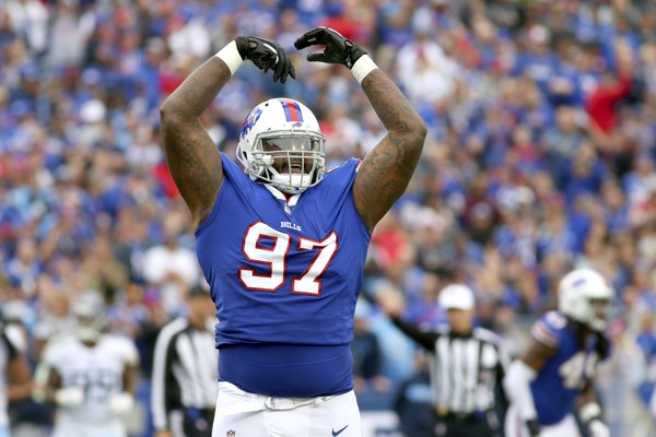 Buffalo Bills defensive tackle Jordan Phillips said that he gets a competitive advantage against the opposing team's offensive line when he gets the crowd going.