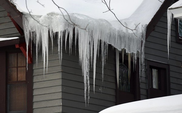 National Grid predicts lower heating costs this winter.