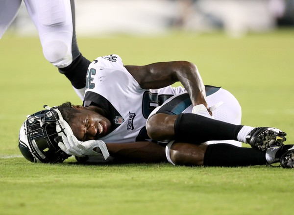 Eagles CB Chandon Sullivan (39) winces as he grabs his leg during the fourth quarter of the preseason game against the Jets at Lincoln Financial Field, Thursday, Aug. 30, 2018.(Lori M. Nichols | NJ Advance Med)