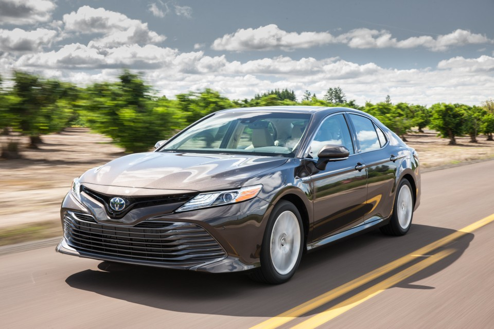 2018 Toyota Camry Hybrid Xle What We Liked And Didn T Like