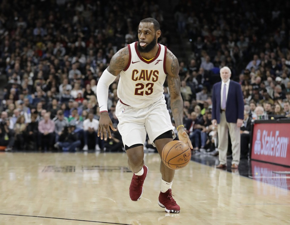 12424cedef7 NBA Free Agent Rumors  11 reasons why LeBron James should sign with Sixers  over Los Angeles Lakers