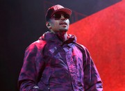 Canada tells Chris Brown: Stay out; R&B singer forced to cancel concerts