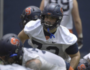 Ex-Syracuse DT Steven Clark to tell story of return to football after medical DQ