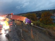 Jackknifed tractor-trailer damages 400 feet of guardrail on I-81 in Cortland