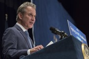 No charges for ex-NY Attorney General Schneiderman after assault allegations