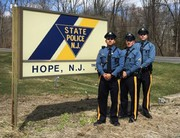 How a trooper saved shooting victim with computer cable and 'decorative arrow'