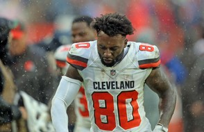 Cleveland Browns wide receiver Jarvis Landry throws his towel down in frustration as he leaves the field after tying the Pittsburgh Steelers in the season home opener.