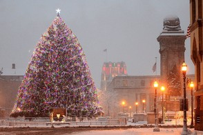 Snow covers Clinton Square in Syracuse in this December 2014 file photo. Syracuse has a white Christmas 74 percent of the time.