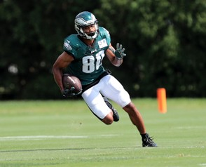 Eagles WR Jordan Matthews (80) catches a pass during practice at the NovaCare Complex in Philadelphia, Wednesday, Sept, 19, 2018. The Eagles host the Colts on Sunday. Tim Hawk | For NJ.com