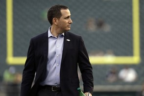 Will the Eagles and Howie Roseman made a deal before the NFL trade deadline? (AP Photo   Michael Perez)