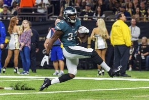 Philadelphia Eagles running back Josh Adams scores a touchdown against the New Orleans Saints during an NFL football game Sunday, Nov. 18, 2018. (Scott Clause | The Daily Advertiser via AP)