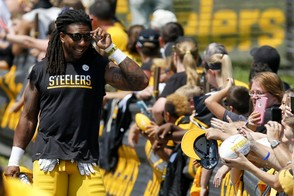 Pittsburgh Steelers outside linebacker Bud Dupree (48) walks past the fans on his way to the practice fields during practice at NFL football training camp in Latrobe, Pa., Sunday, July 30, 2017 . (AP Photo/Keith Srakocic)
