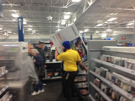 blog_thanksgiving day shopping 2jpg - Is Best Buy Open Christmas Day