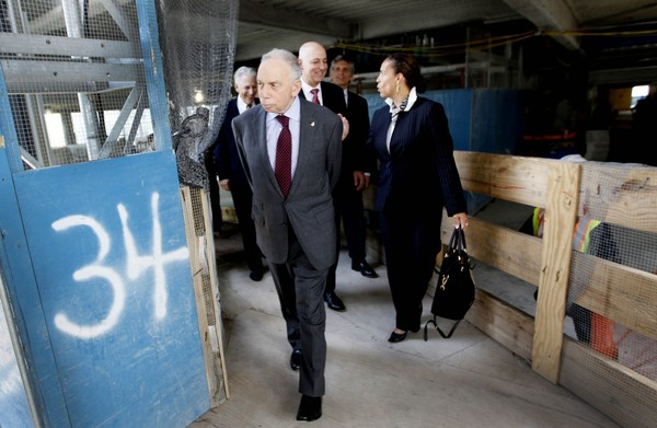 In this 2011 file photo, Conde Nast chairman, Si Newhouse Jr., leaves a news conference on the 34th floor of 1 World Trade Center in New York. (AP Photo/Mary Altaffer)