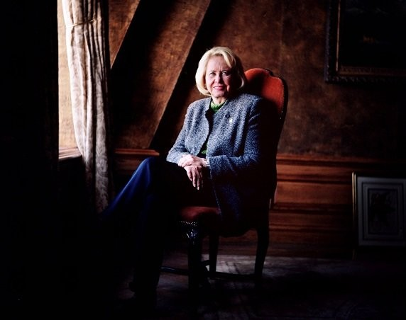 Famed gossip writer Liz Smith is seen in a photograph in 2000 at age 77.