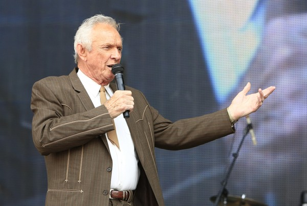 FILE - In this July 6, 2013, file photo, Mel Tillis performs at the Oklahoma Twister Relief Concert at the Gaylord Family-Oklahoma Memorial Stadium in Norman, Okla.