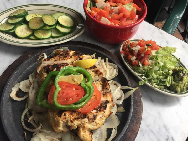 Eat Fit Fajitas With En Served A Salad And Vegetables At Superior Grill