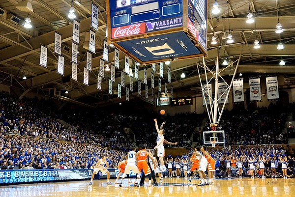 The Syracuse basketball team will make a return to Cameron Indoor Stadium to face Duke in 2018.