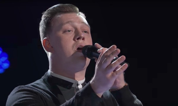 "Central New York singer Gary Carpentier appears on ""The Voice"" Tuesday, Oct. 10, 2017."
