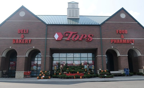 Tops Friendly Markets, like this one at Towne Center in Fayetteville, will begin offering same-day grocery deliveries before Thanksgiving 2017.