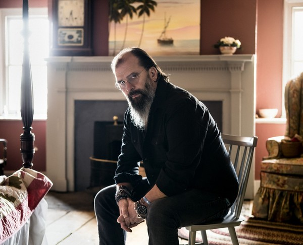 Grammy award-winning Steve Earle will perform at Geneva's Smith Opera House with The Dukes on Dec. 1.