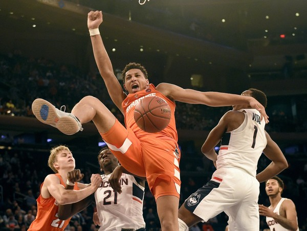 Syracuse dominated inside against a UConn team that once owned the best rebounders and rim-protectors in the country.
