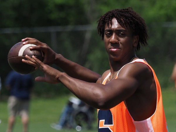 Syracuse quarterback signee Chance Amie is expected to enroll in January and participate in spring practice.