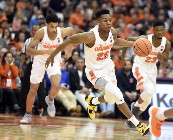 The Syracuse basketball team earned its season-best vote total in the AP Top 25 poll on Monday. (Dennis Nett | Syracuse.com)