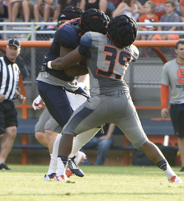 Syracuse football redshirt junior linebacker Troy Henderson intends to transfer and finish out his final two seasons of eligibility at another school, he said Wednesday.(Stephen D. Cannerelli | scannerelli@syracuse.com)