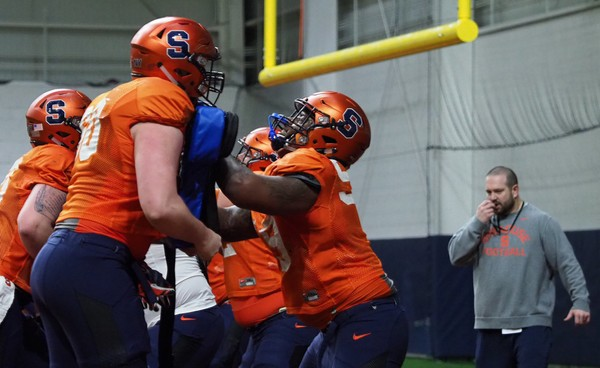 Syracuse football assistant Mike Lynch will be the team's sole offensive coordinator this season.