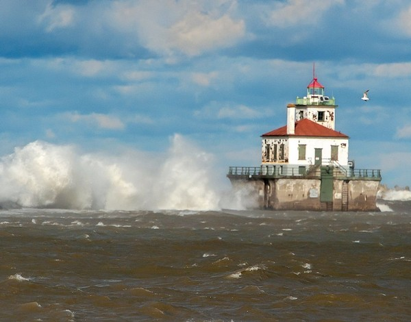 Great Lakes restoration must go on