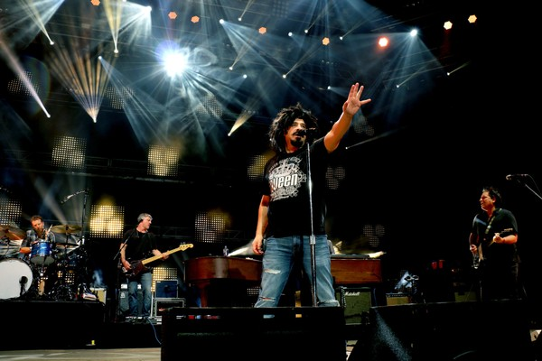 Counting Crows, who performed at the Lakeview Amphitheater last September, are returning to CNY for a free Chevy Court show.