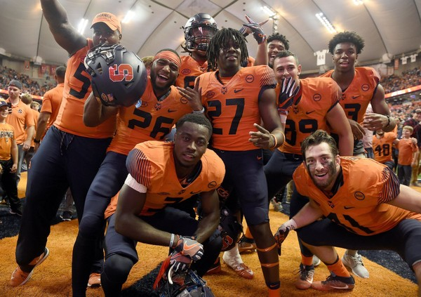 online store 2c238 fd626 Is that Illinois or Syracuse football? New uniforms make it ...