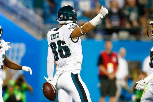 Philadelphia Eagles tight end Zach Ertz (86) celebrates during the third quarter against the Carolina Panthers at Bank of America Stadium in Charlotte, N.C. on Oct. 12, 2017. (Jeremy Brevard | USA TODAY Sports)