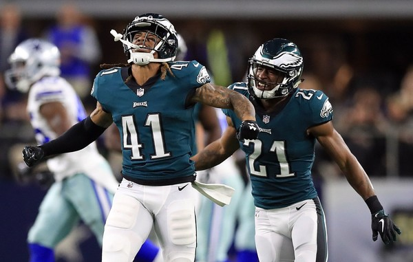 Eagles hold off Falcons to reach NFC title game
