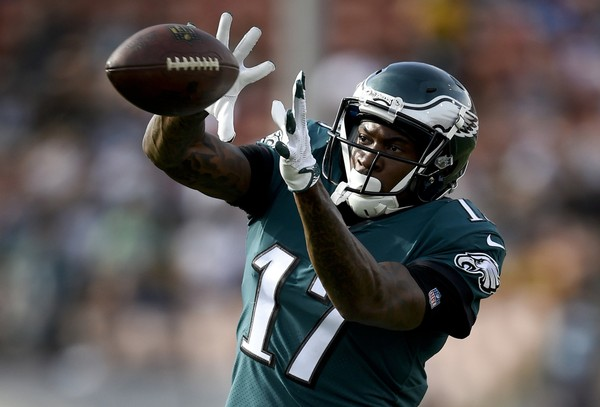 Philadelphia Eagles wide receiver Alshon Jeffery warms up before an NFL football game against the Los Angeles Rams in Los Angeles. The Eagles and the New England Patriots are set to meet in Super Bowl 52 on Sunday, Feb. 4, 2018, in Minneapolis. (AP Photo/Kelvin Kuo, File)(Kelvin Kuo)