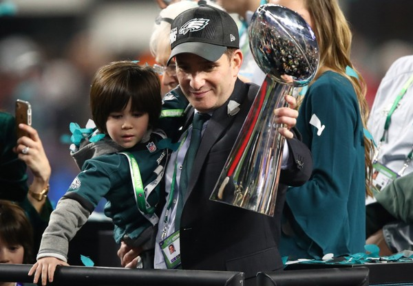 Philadelphia Eagles General Manager Howie Roseman holds the Lombardi Trophy after defeating the New England Patriots 41-33 in Super Bowl LII at U.S. Bank Stadium on February 4, 2018 in Minneapolis, Minnesota.  (Gregory Shamus | Getty Images)