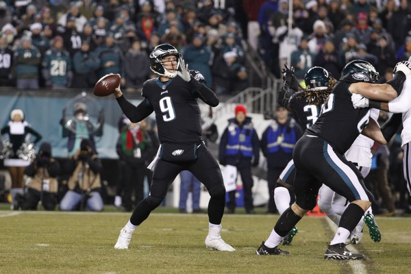 Philadelphia Eagles' Nick Foles passes during the first half of an NFL football game against the Oakland Raiders, Monday, Dec. 25, 2017, in Philadelphia.