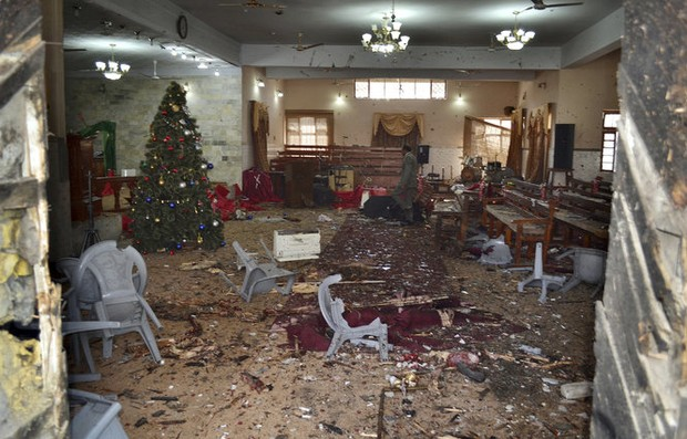 At least 9 dead, 50 wounded as suicide bombers attack church in Pakistan